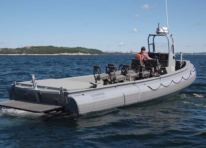 SHOXS 5605 In Open Rhib Cockpit